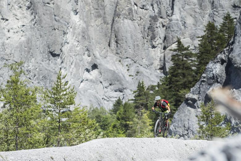 De trails rond Films bieden veel variatie in landschap en moeilijkheid.