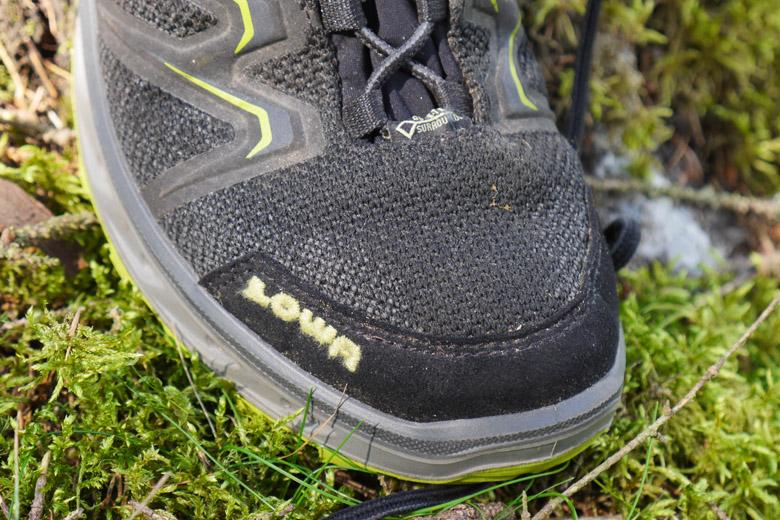 Het buitenmateriaal wordt nogal nat en dat kan tot koude tenen leiden.