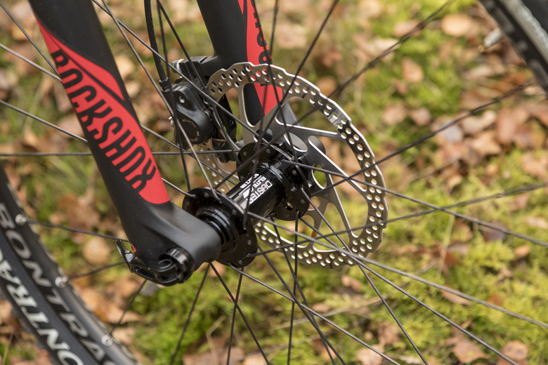 For the Trek ProCaliber 8 you can find a Bontrager boost 110 hub and behind a boost 148. The axles are 15 and 12 mm thick.
