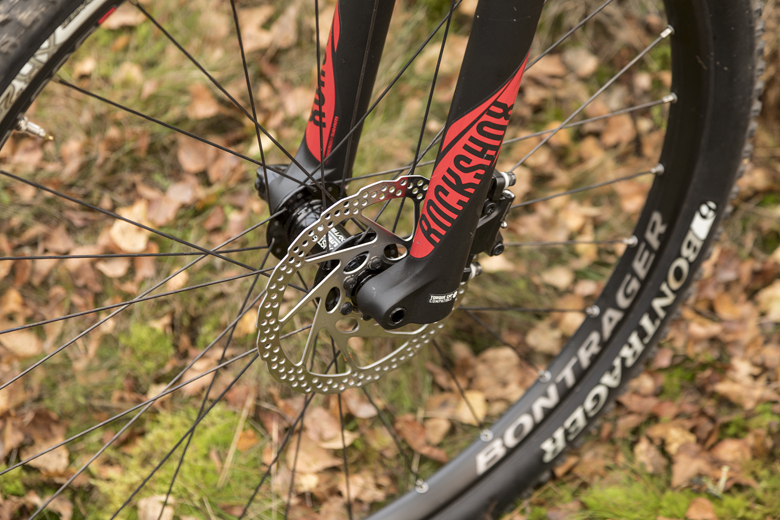 The tensile ProCaliber 8 features Shimano Deore MT500 hydraulic disc brakes: For a 180 mm and rear 160 mm disc.