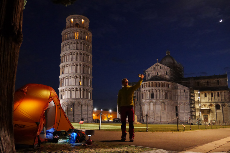 The Nigor PioPio Solo went to Pisa. That moon really stands there. Luck!