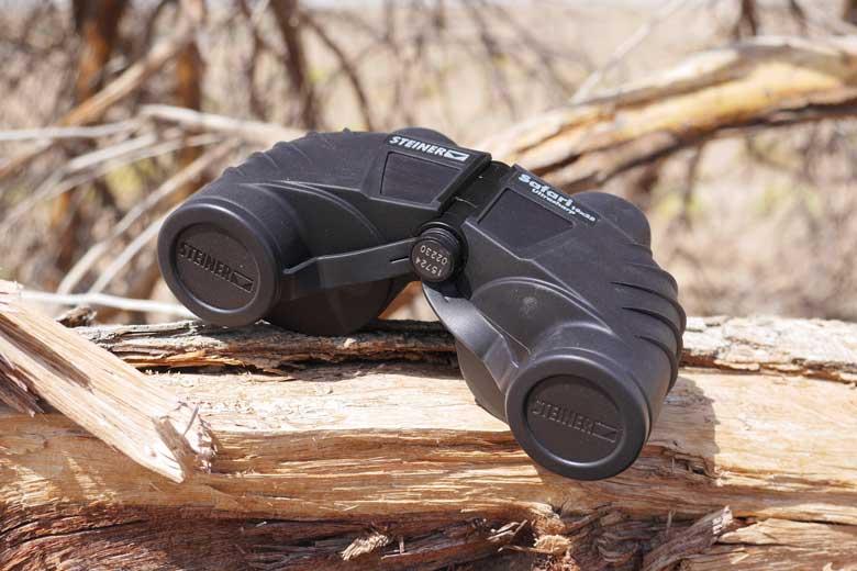 De Steiner Safari Ultrasharp 10X25 bleek in de woestijn van Dubai stofdicht!
