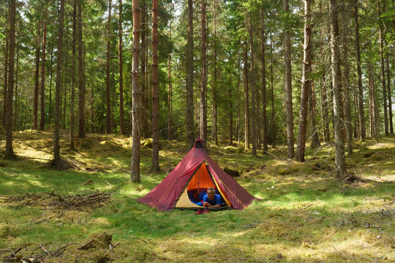 Teepees... I have something with it and with the Tentipi Olivin 2 Combi that is no different.