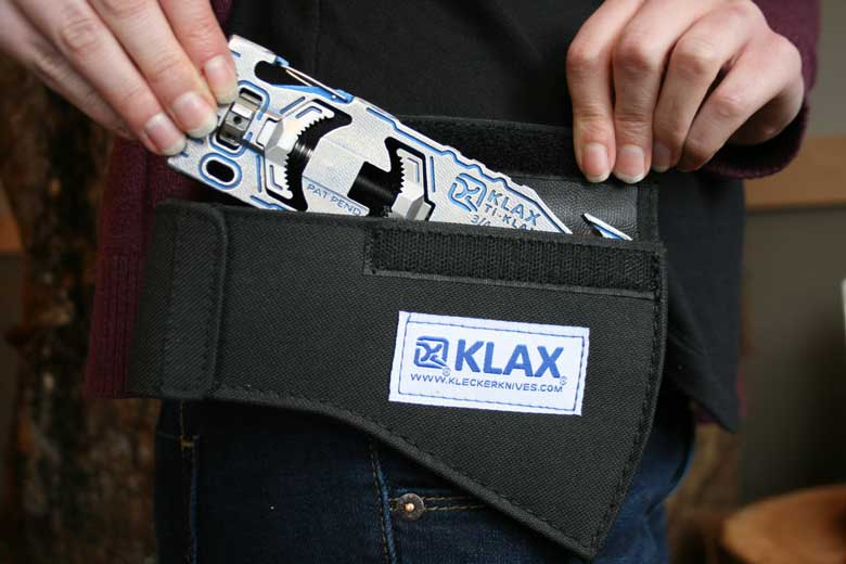 De Klecker Klax Lumberjack wordt geleverd in een sterke nylon etui.