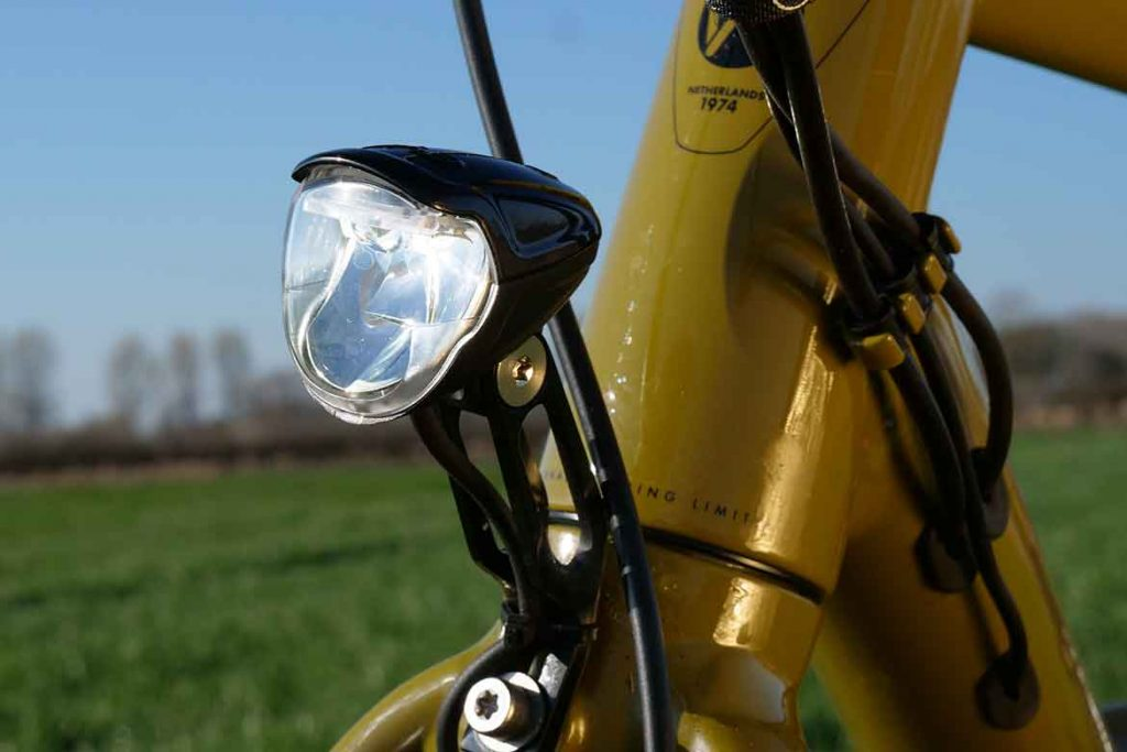 The head light is from Busch & Muller.