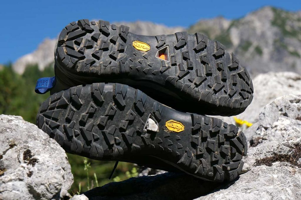 In the open space in the outsole of the Mammut Ducan High GTX stones stick.