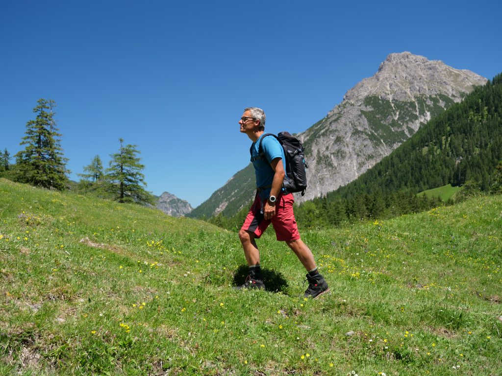 The Darn Tough Hiker Micro Crew Cushion in action in the Austrian Alpes.