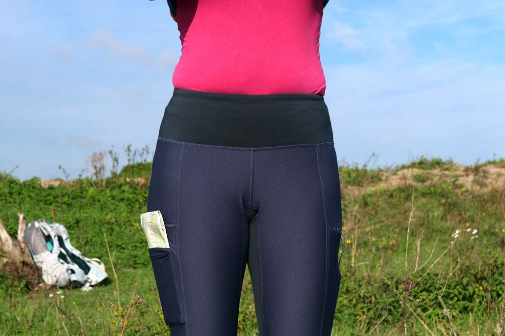 At the top of the tights there is a comfortable waistband.