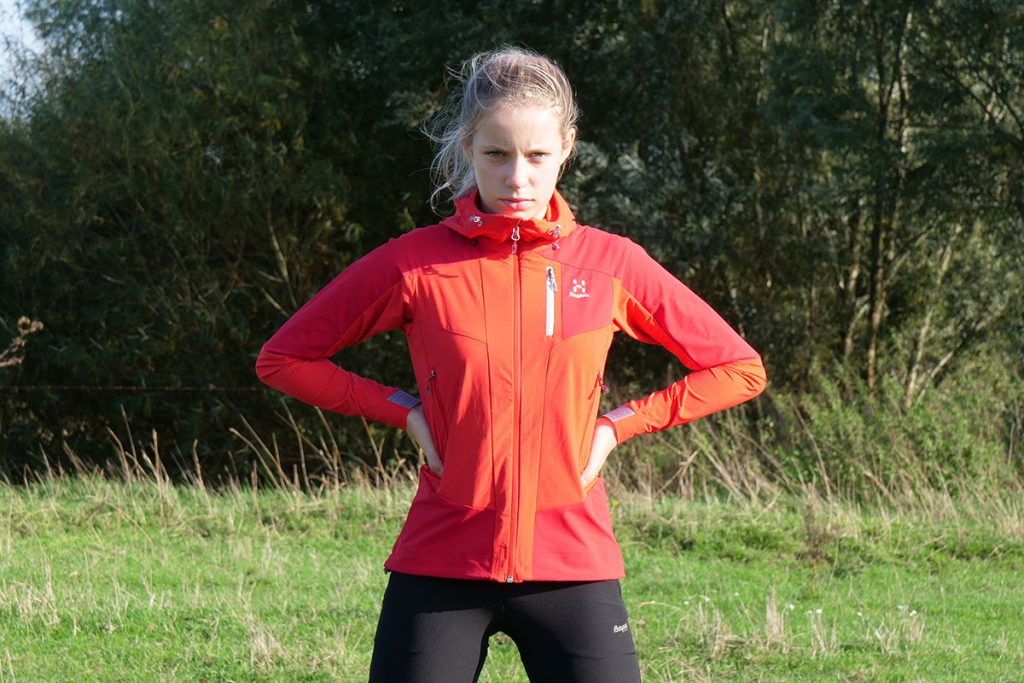 The Haglöfs Skarn Hybrid Jacket has a sporty fit that is nicely contoured.