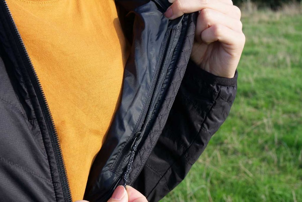 The jacket has a more than spacious inner pocket.