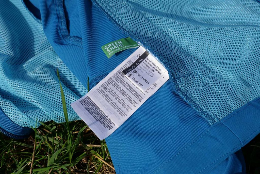 Wash the Vaude Me Skarvan S Jacket on an anti-wrinkle program at 40 °C. Use Nikwax Techwash.