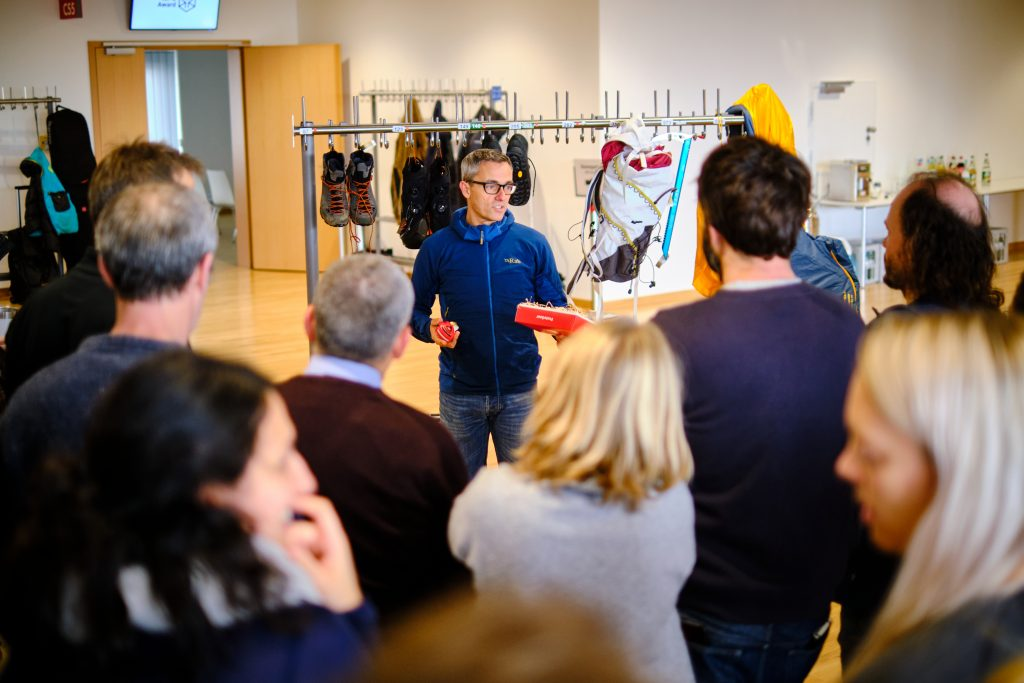 Presenting the ISPO-award winners to other jury-members is part of the 'job'.