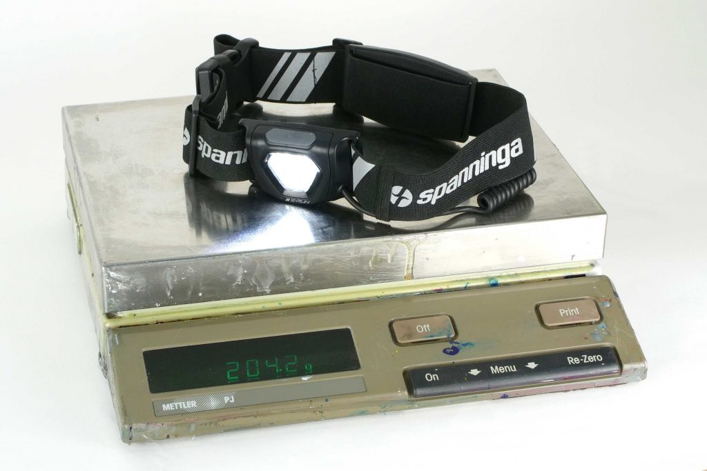 I measure the weight at 202 grams, ok a bit more: I have been running just before the picture.