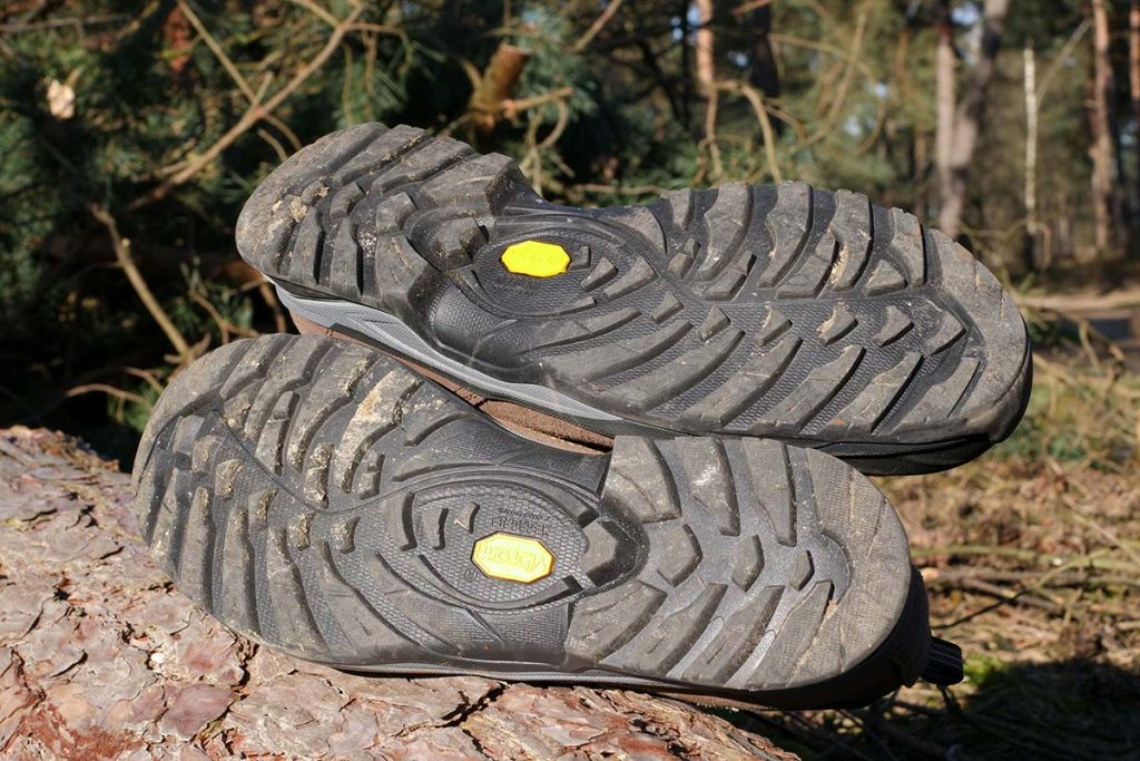 The Vibram Redster outsole with Megagrip compoundoffers excellent traction.