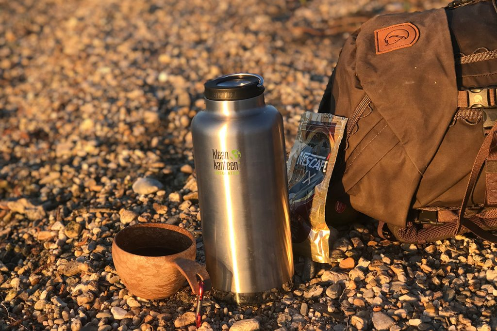 Hot water in the Klean Kanteen Insulated TK Wide and Nescafe: coffeetime.