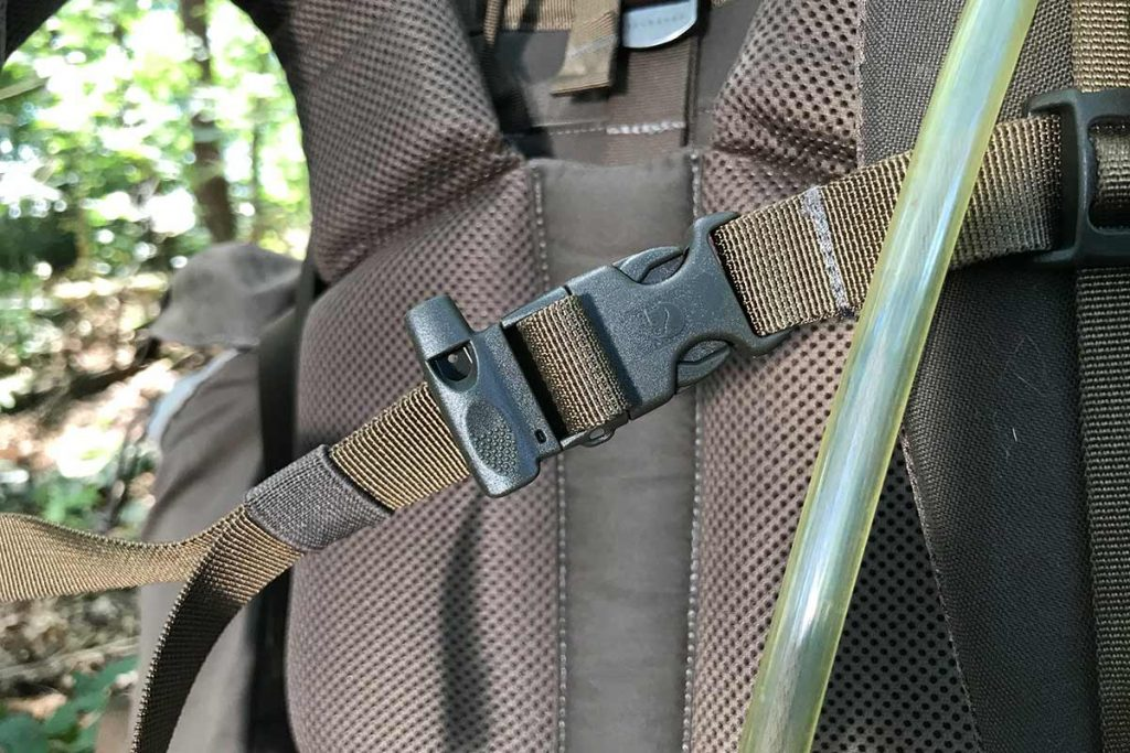 The Fjällräven Singi 48 has a whistle in the chest strap.