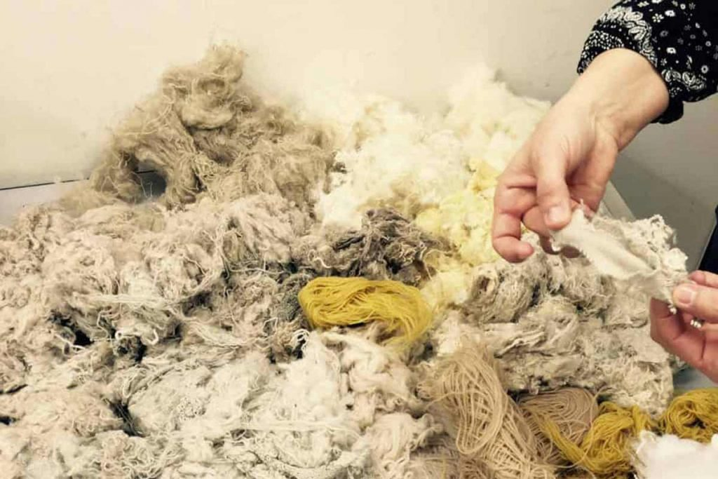 The source material wool is a post consumer recycled mix from leftovers.