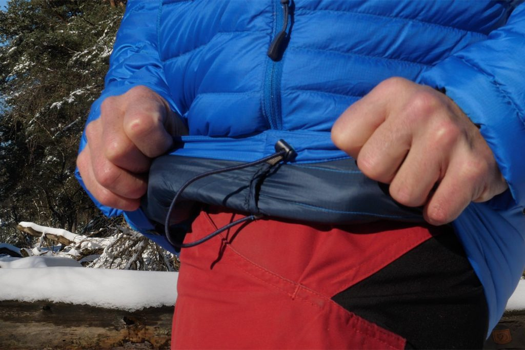 Around the bumm the Rab Microlight Alpine Jacket has a drawcord.