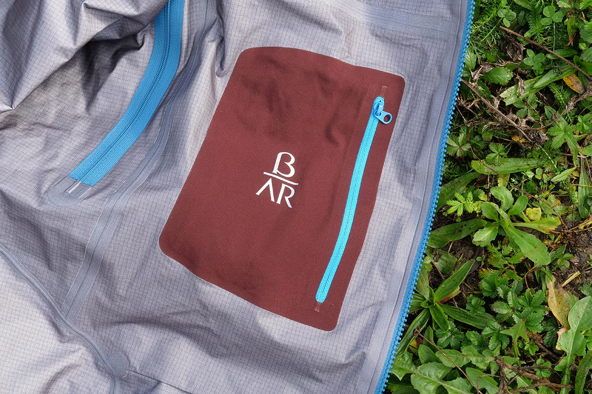 A large smartphone fits in the inner pocket of the Arc'teryx Beta AR Jacket.