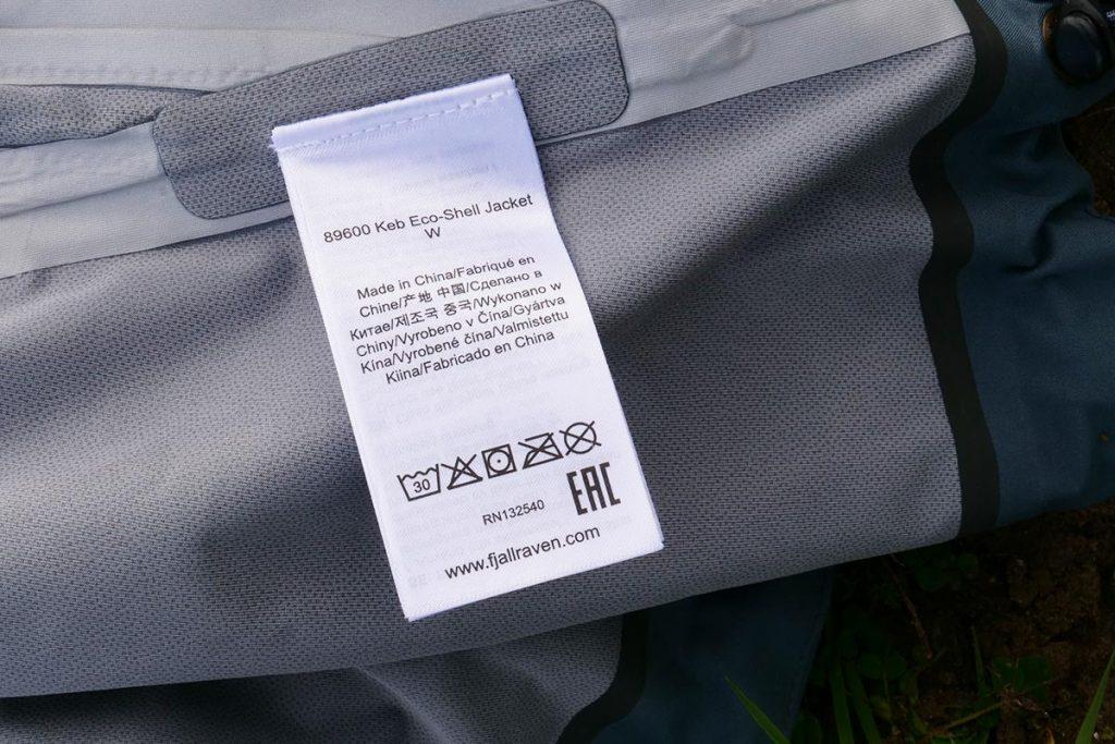 The Fjällräven Keb Eco-Shell Jacket can be washed at 30 °C.